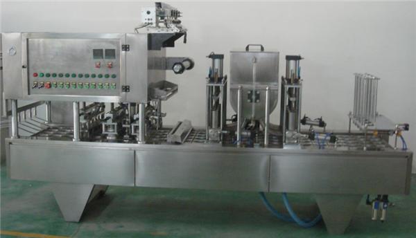 Fuldautomatisk fyldemaskine med roterende papirstop