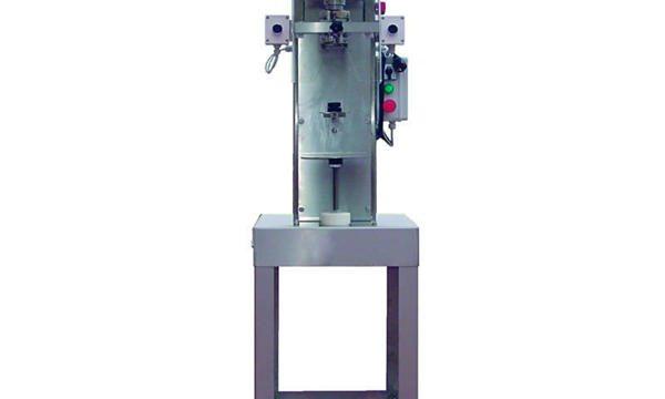 Halvautomatisk spindelflaske-afdækningsmaskine